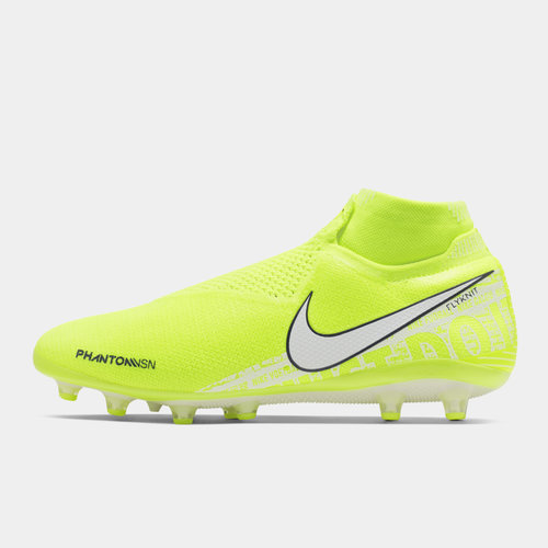 nike phantom football boots