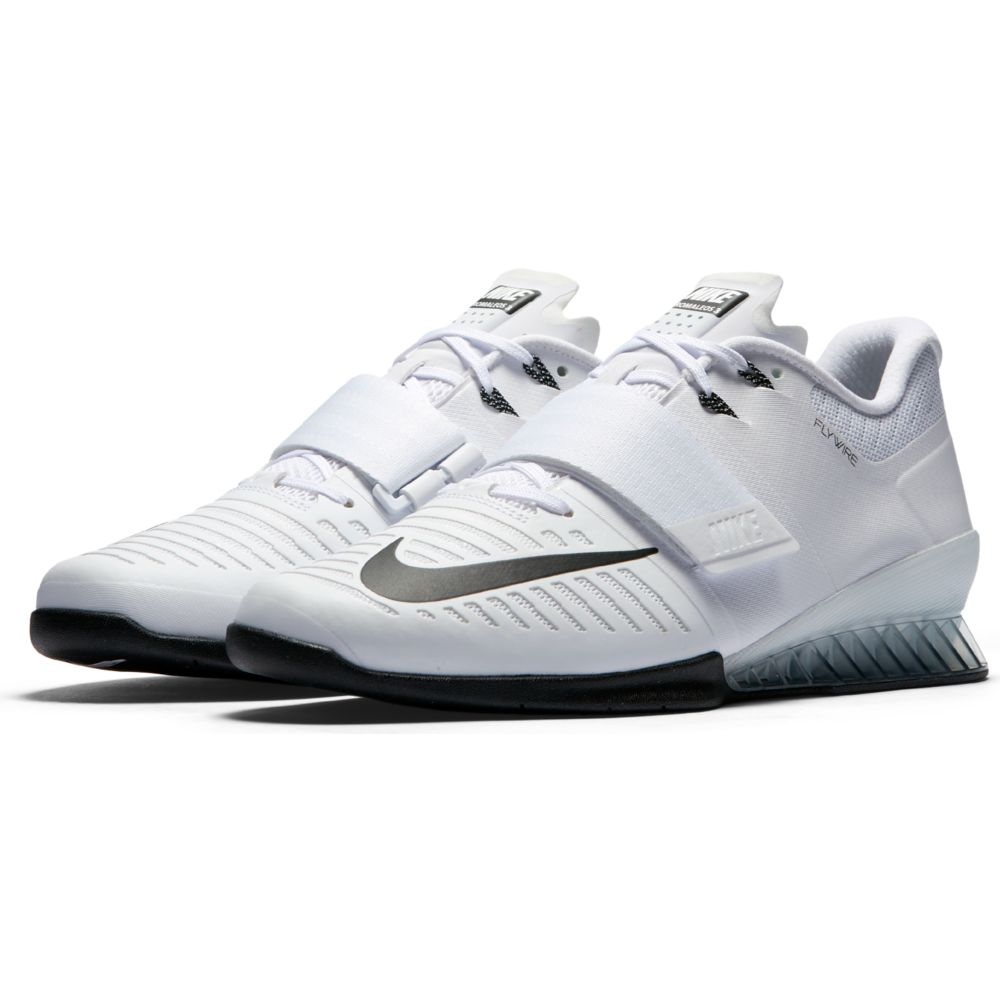 nike weightlifting shoes